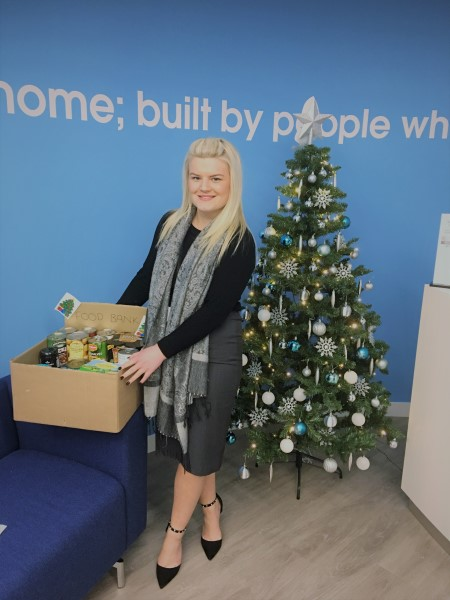 Image for Bovis Homes supports local foodbank