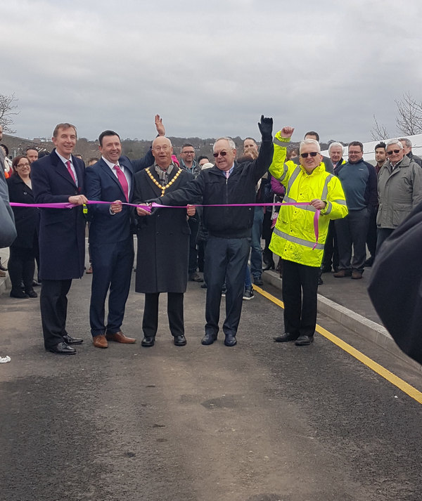Image for Major bridge opened over railway in Apsley