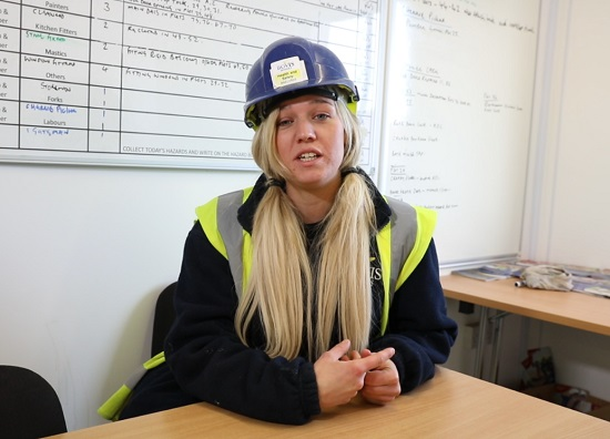 Image for Aspiring site manager Amanda urges more women to join the housing industry
