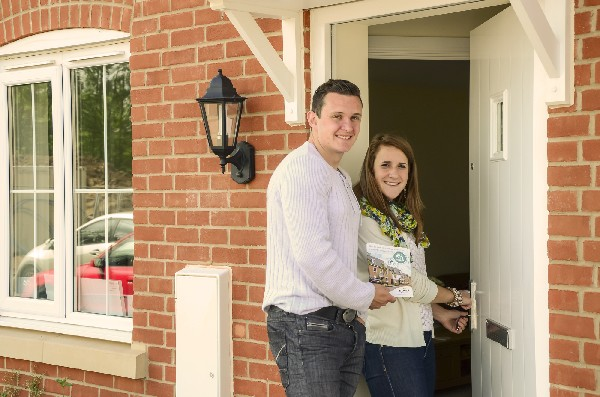 Laura Farr and Daniel Shotton use Help to Buy to purchase their Bovis Home