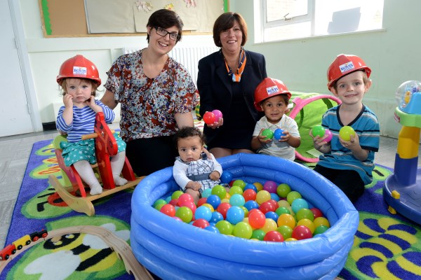 Little Hurricanes happy with recnet Bovis Homes donation