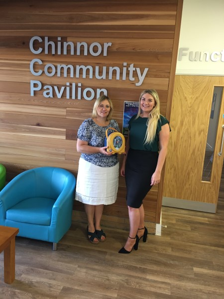 Image for Bovis Homes donates defibrillator to Chinnor community