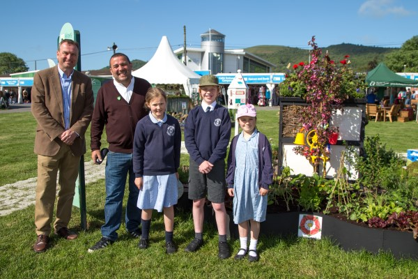 Image for House-builder helps local school to celebrate success at RHS Malvern Festival