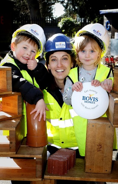 Image for Wallingford kids eager to follow in Bob's footsteps after nursery visit