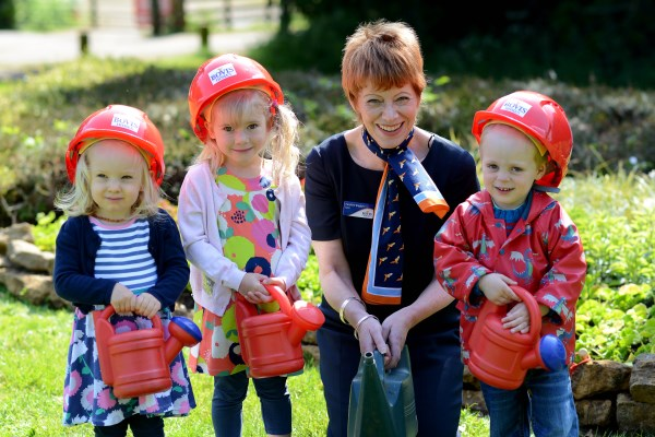 Bovis Homes gives donation to Saltway nursery