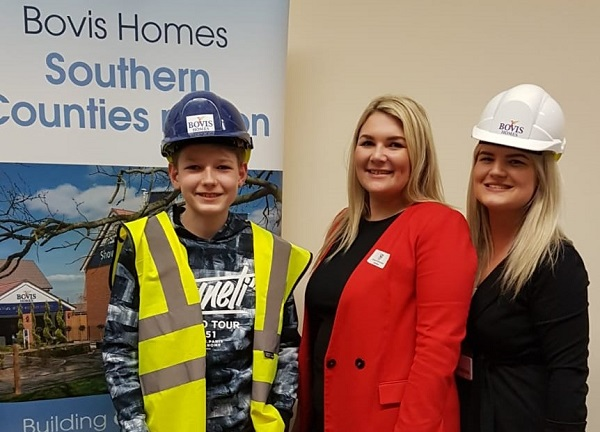 Image for Hundreds of pupils at Crowthorne careers event encouraged to follow housebuilding path